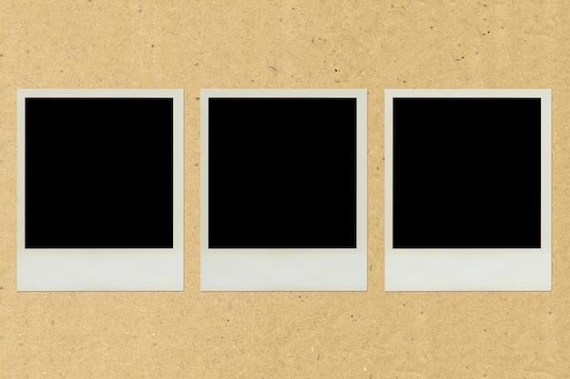 茶色の紙のポラロイドの額縁ペースト