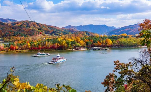 Осень острова нами в сеуле, южная корея.