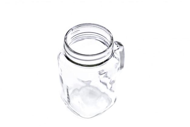 白い背景に空のヴィンテージメーソンの瓶