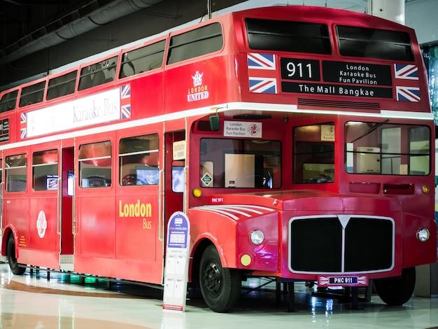 Лондонский автобус.