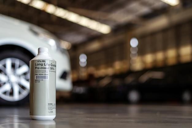 柔らかい焦点とバックライトの光のあるラジエターカー用の長寿命