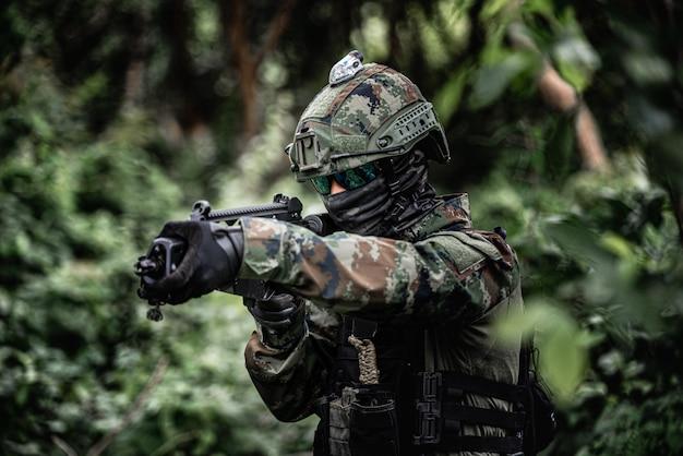 兵士の制服