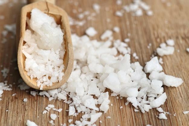 白い塩の山