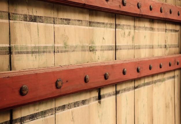 Дверь традиционной корейской архитектуры