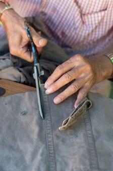ステップカッティングにおける縫製工程