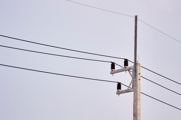 高電圧電柱タイ