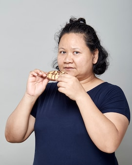 Толстые азиатские женщины