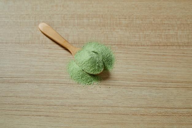 抹茶抹茶入り木のスプーン