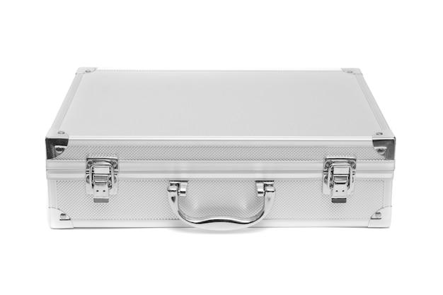 ステンレススチールスーツケースの収納ボックスは、白い背景に