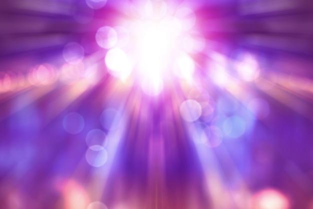 ステージ上に紫色のライトが付いている劇場ショーをぼかし、コンサート照明の抽象的なイメージ