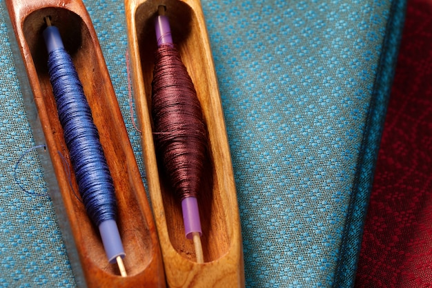 Деревянный ткацкий станок для производства шелкового текстиля