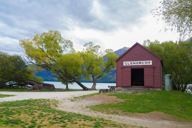 グレノーキーワーフレイクワカティプニュージーランド、旅行目的地のコンセプトビュー