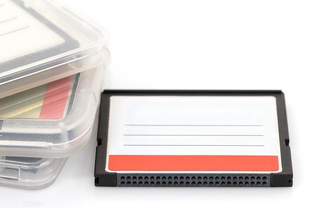コンパクトフラッシュメモリカードとケース