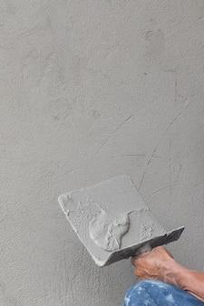ビルダーの作業者の具体的な石膏