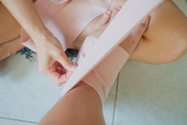 足首の捻挫、足の痛み、歩くことができない、足の捻挫