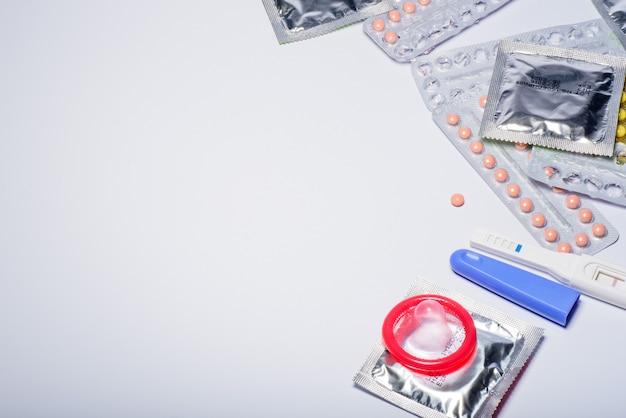 経口避妊薬、避妊薬、コンドーム、安全なセックス