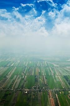 Воздушный выстрел на ландшафте окрестности бангкока