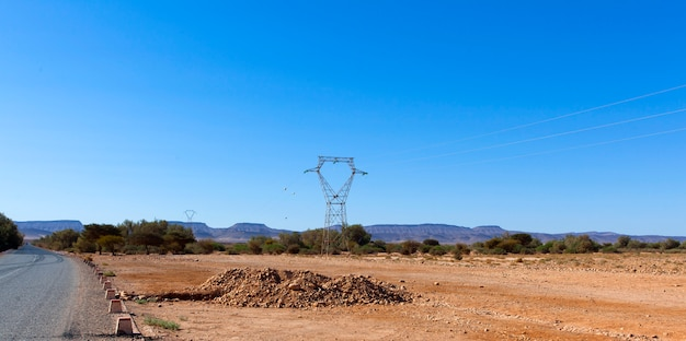 ロッキー砂漠、モロッコの風光明媚な砂漠の風景、アッサザグ、モロッコのロッキー砂漠の風景
