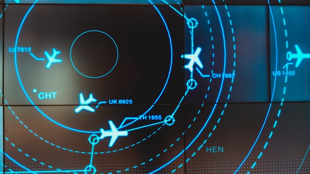 交通機関や乗客のためのさまざまなフライトを示すシミュレーション画面。