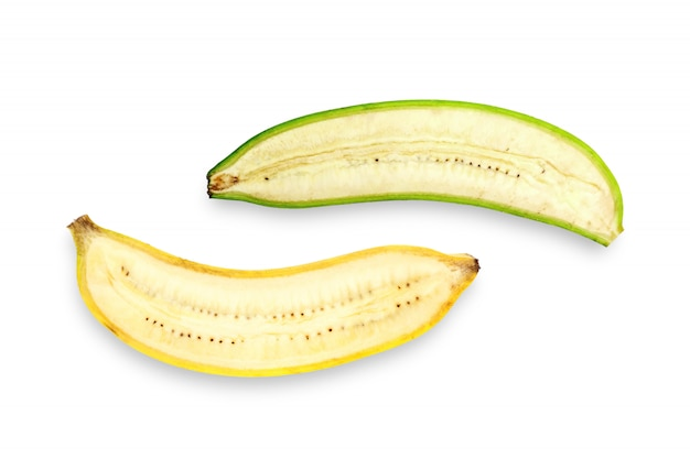 白い背景の上のバナナの半分の平面図です。