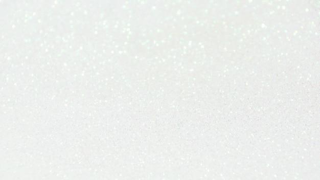 背景の白いボケ味。