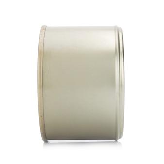Может серебро на белом фоне
