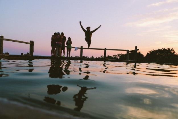 日没時にジャンプ