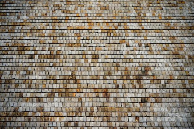 古い木製の屋根の背景。