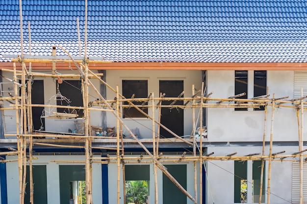 建設中の家。