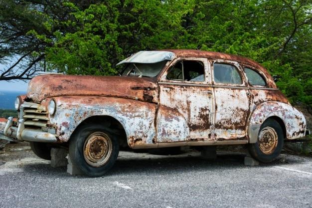 さびた車体修理
