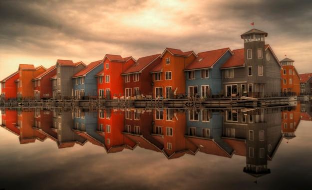 Красивые разноцветные дома