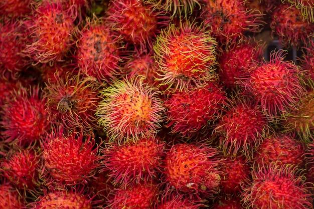 Рамбутаны тропические, летние азиатские фрукты