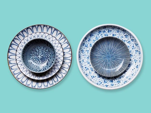 美しい丸いセラミックプレート磁器皿のセット