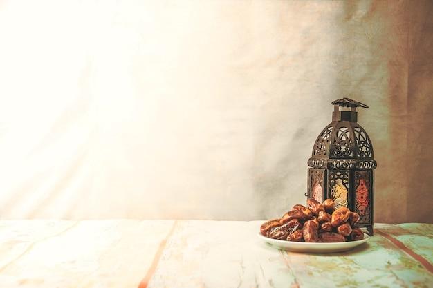 日付パームフルーツまたはクルマ、ラマダン食品