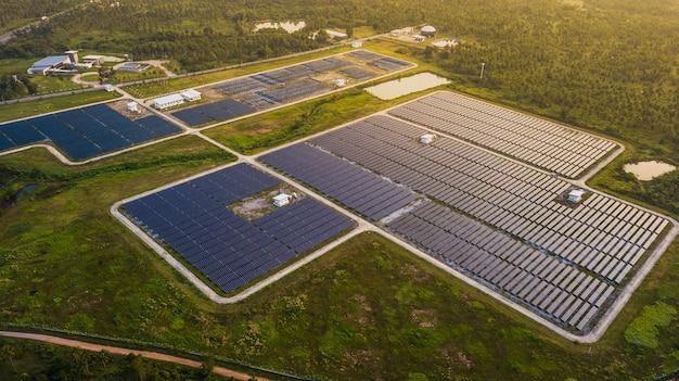 Солнечные панели в виде с воздуха