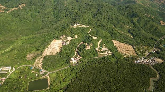 Аэрофотосъемка ландшафта горы таиланда