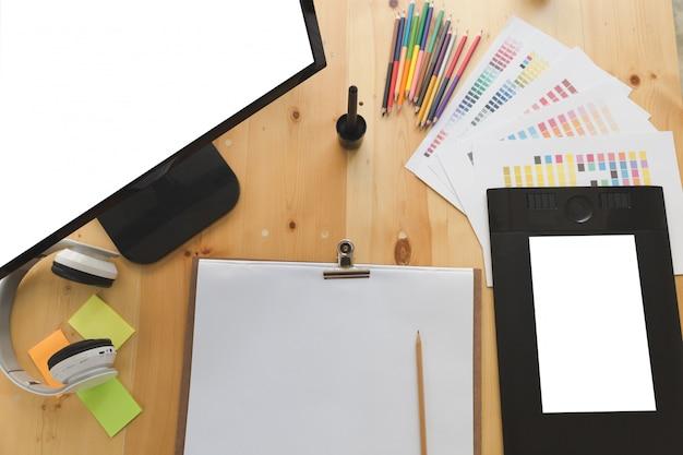 Цифровой планшет, экран компьютера, образцы образцов цветов каталога