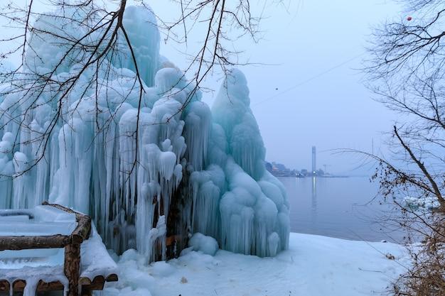 Снежный сезон на острове острова парк корея