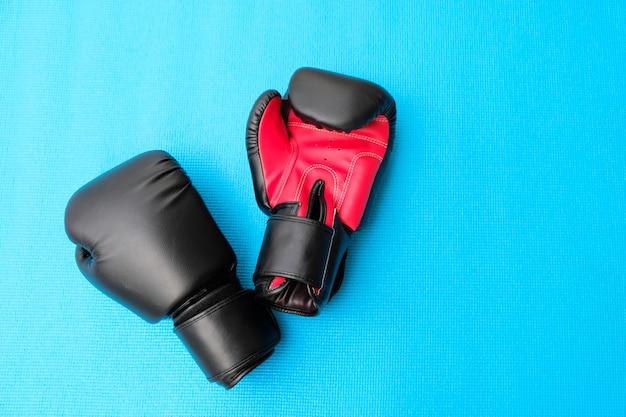 ボクシングと青いヨガ