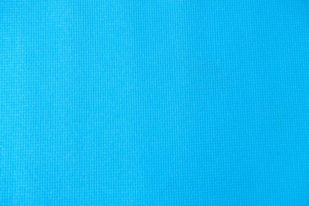 運動用の青いヨガマット