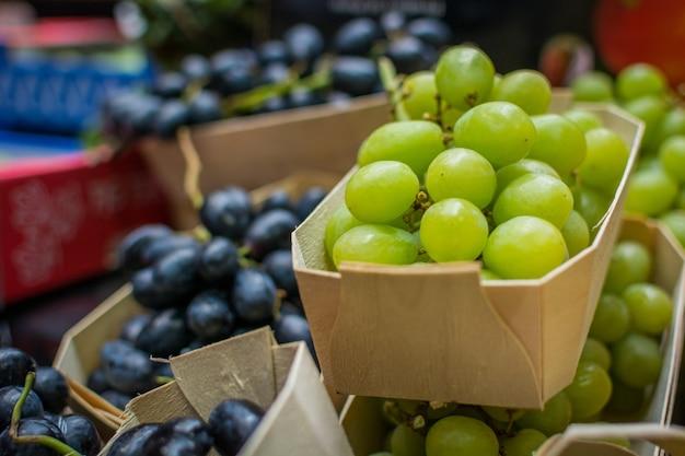 Пакеты свежего винограда