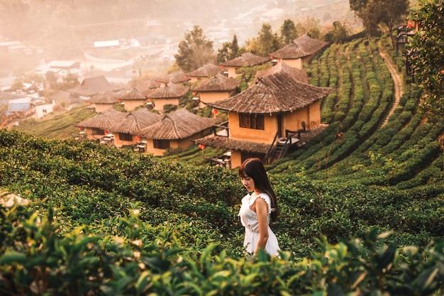 リーワインラックタイ、中国の集落、メーホンソン、タイの日の出