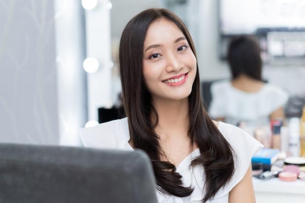 Красивейшая азиатская женщина