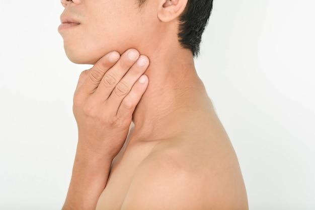 頸部痛および扁桃炎
