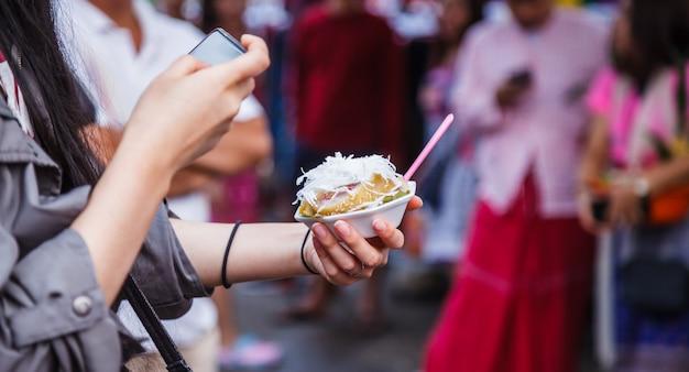伝統的なタイアジアのデザート