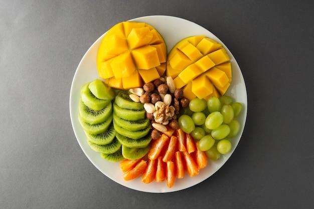 おいしいフルーツの盛り合わせが分離されました。