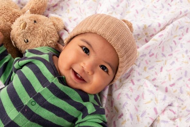 かわいい小さなアジアの赤ちゃん