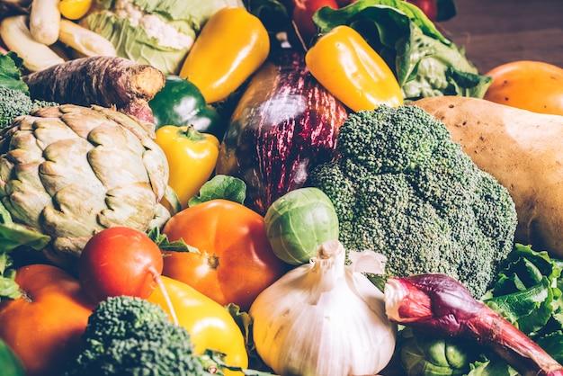 がんから守るためのさまざまな新鮮野菜。