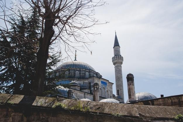 イスラム教徒の宗教の祈りのための街の大臣