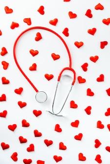 恋に落ちたり失望したりすると、不安の問題や不整脈を引き起こす可能性があります。